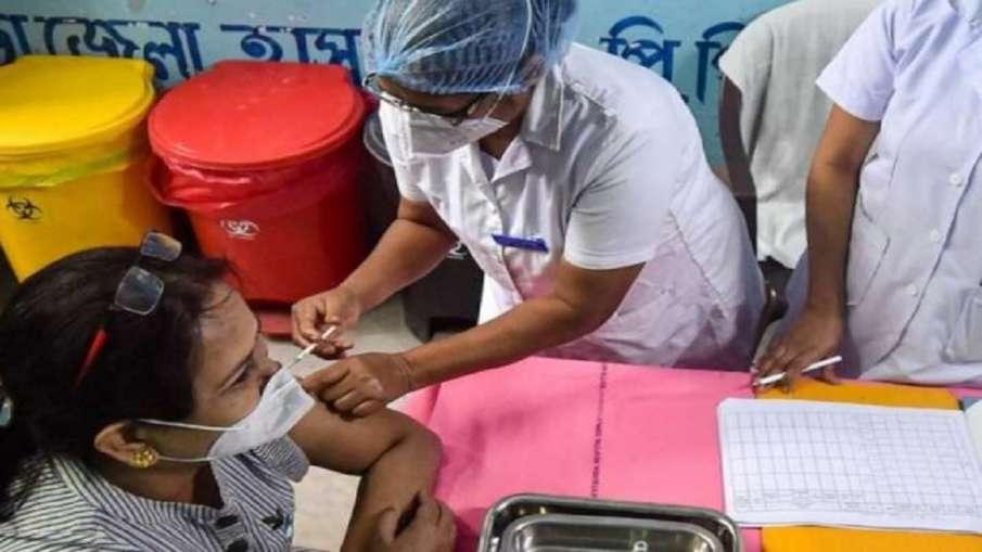 मीडियाकर्मियों के कोरोना वैक्सीनेशन को लेकर दिल्ली सरकार का बड़ा फैसला- India TV Hindi