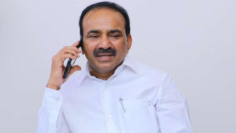 जमीन कब्जाने के आरोप में तेलंगाना के स्वास्थ्य मंत्री की गई कुर्सी, CM ने वापस लिया मंत्रालय- India TV Hindi