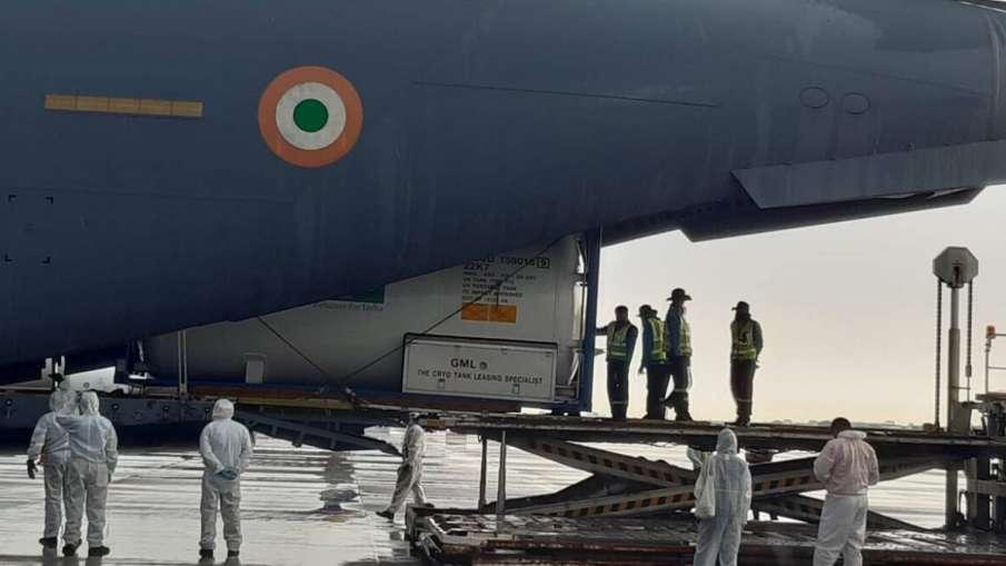भारत को विदेशों से 5.5 लाख रेमडेसिविर इंजेक्शन, 15801 ऑक्सीजन सिलेंडर मिले: केंद्र सरकार- India TV Hindi