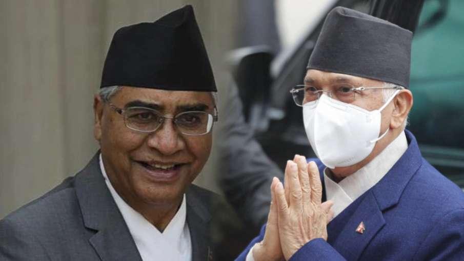 विपक्षी नेता शेर बहादुर देउबा और प्रधानमंत्री केपी शर्मा ओली- India TV Hindi