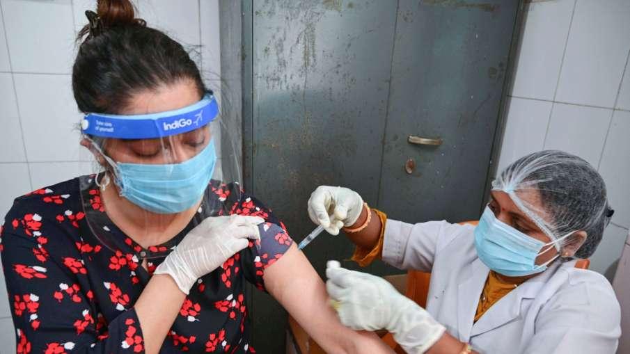 झारखंड में नहीं शुरू हुआ 18 -45 साल के लोगों का वैक्सीनेशन, कोरोना टीके की कमी- India TV Hindi