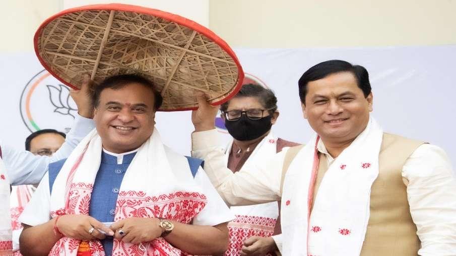 himanta biswa sarma chief minister of assam हिमंत बिस्वा सरमा ने ली असम के मुख्यमंत्री पद की शपथ- India TV Hindi
