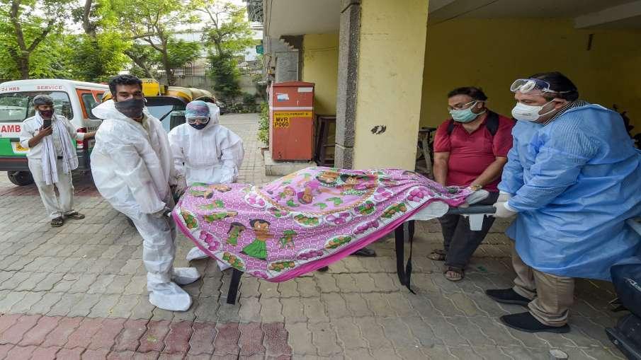 family refuses to take dead body of family member who was not covid positive शाहजहांपुर में परिजन ने- India TV Hindi