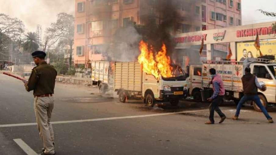 पश्चिम बंगाल में चुनाव बाद हिंसा राजनीति का 'रक्तरंजित' रूप है : शिवसेना - India TV Hindi