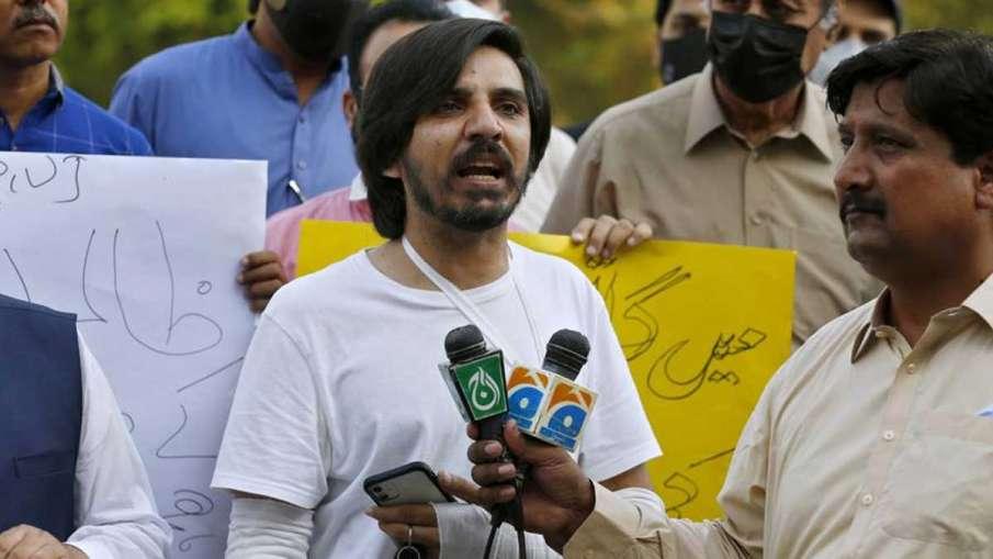Pakistani journalist Asad Ali Toor, Asad Ali Toor, Asad Ali Toor Pakistan, Asad Ali Toor Army- India TV Hindi
