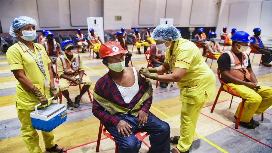 देश में वैक्सीन के...- India TV Hindi