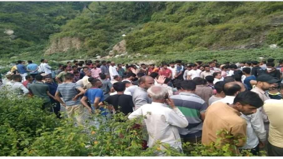 Himachal Pradesh: 10 people died after car fell into a ditch Sirmaur district- India TV Hindi