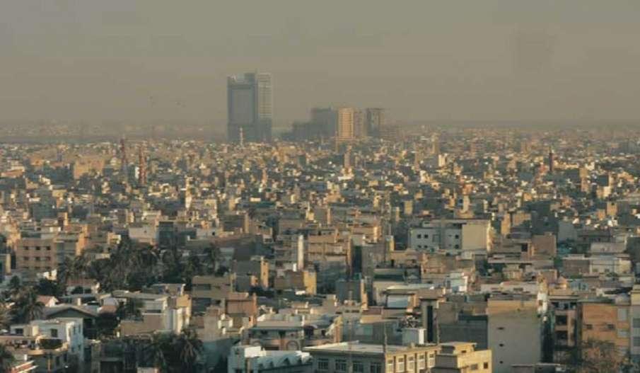 दुनिया के दस सबसे कम रहने योग्य शहरों की लिस्ट में ढाका, कराची का नाम शामिल- India TV Hindi