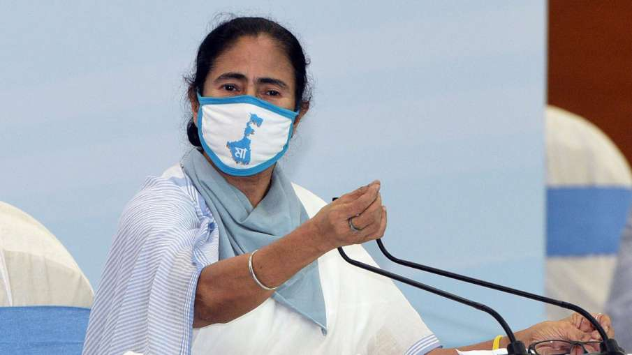 Centre's claim of vaccinating India's adult population by 2021-end a hoax, claims Mamata Banerjee- India TV Hindi