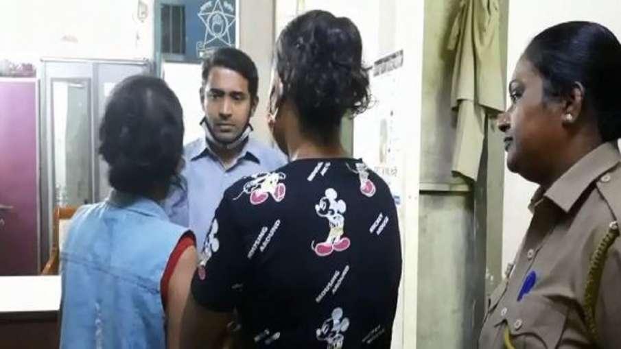 मुंबई पुलिस ने दो टीवी एक्ट्रेस को किया गिरफ्तार, दोस्त के घर में चोरी का आरोप- India TV Hindi