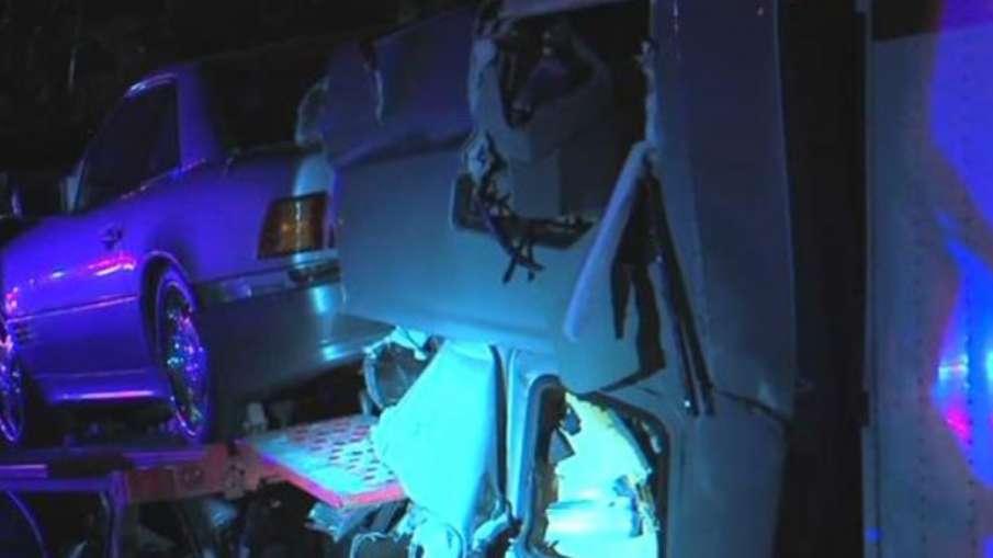 अमेरिका में तूफान के कारण दो वाहनों की टक्कर, 10 लोगों की मौत, कई घायल - India TV Hindi