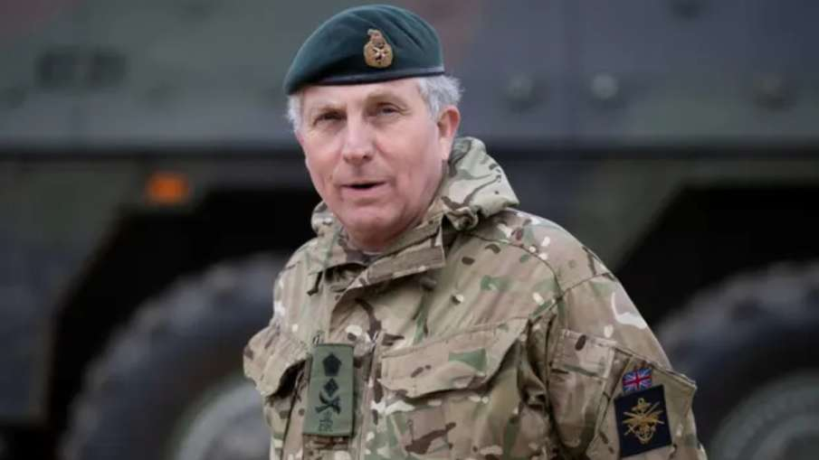 ब्रिटेन के सेना प्रमुख को हुआ कोरोना, आइसोलेट हुए रक्षा मंत्री और शीर्ष अधिकारी- India TV Hindi