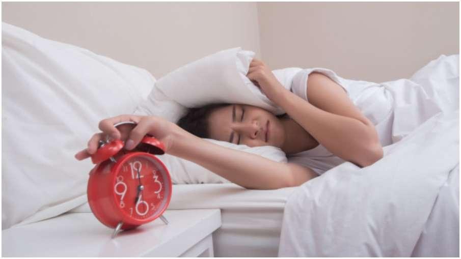 bad morning habits - India TV Hindi