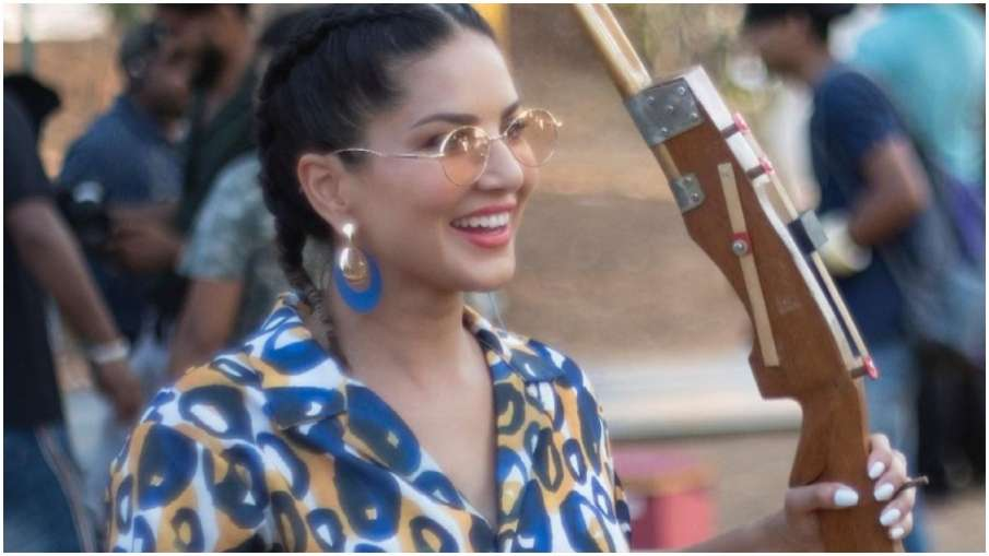 सनी लियोन ने नए पोस्ट में दिल पर साधा निशाना- India TV Hindi