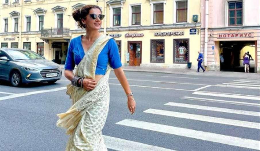 तापसी पन्नू सेंट पीटर्सबर्ग की सड़कों में साड़ी पहनकर निकलीं, फैस कर रहे हैं जमकर तारीफ- India TV Hindi