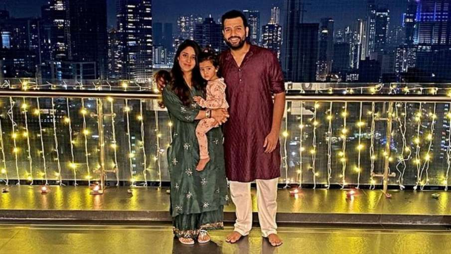 Rohit Sharma Shares Lovable Picture With Daughter...- India TV Hindi