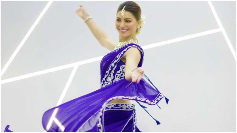URVASHI RAUTELA- India TV Hindi