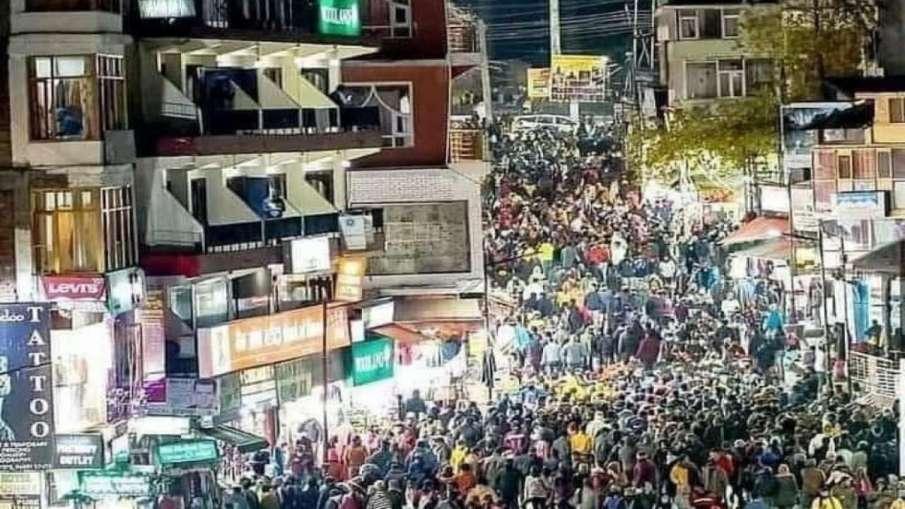 Crowded Streets Of Manali- India TV Hindi