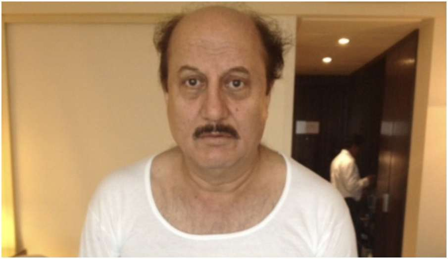 anupam kher says Guess the name of the movie fans comments special 26 best and favourite movie sir- India TV Hindi