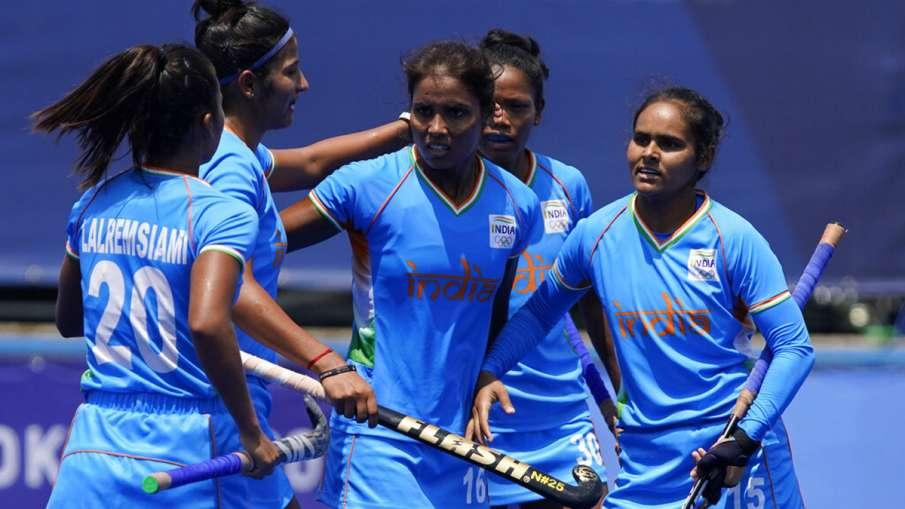 Indian Women Hockey Tokyo Olympics 2020 India vs South Africa Hockey Match Vandana Kataria Goal Hat - India TV Hindi