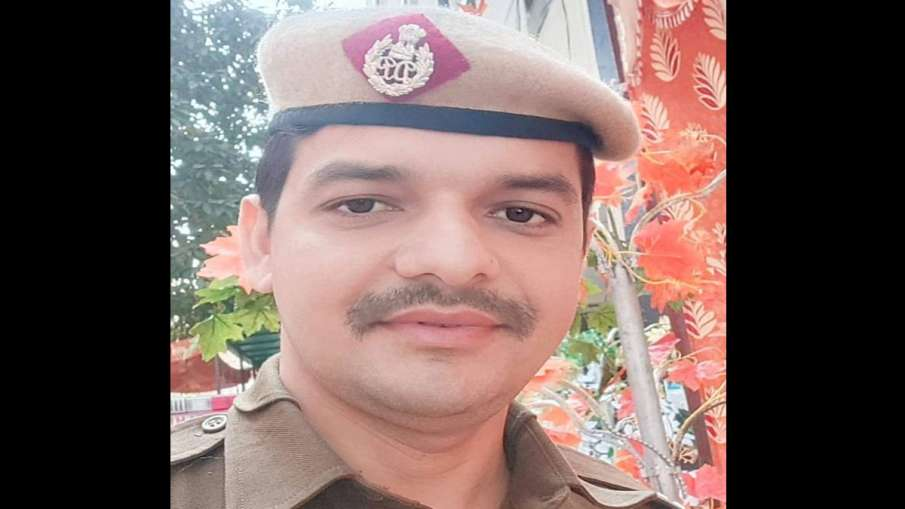 Delhi Police constable arrested for murder- India TV Hindi
