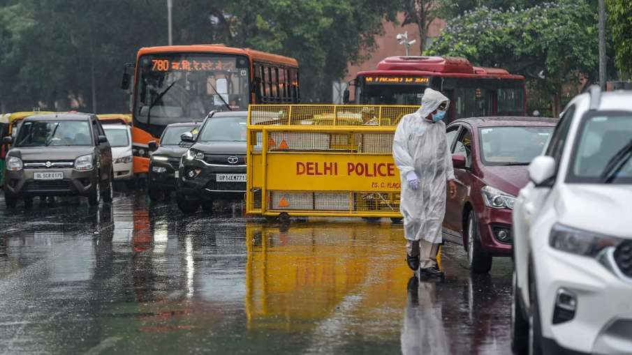 Light to moderate rains likely in Delhi on Saturday- India TV Hindi