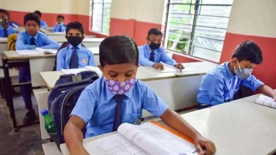 हिमाचल प्रदेश में 10वीं, 11वीं और 12वीं कक्षा के लिए स्कूल खोलने को लेकर कैबिनेट में बड़ा फैसला - India TV Hindi