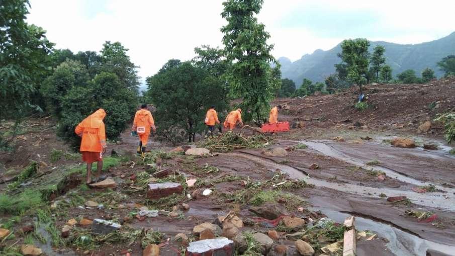 महाराष्ट्र में घट रहा बाढ़ का पानी, 213 लोग गंवा चुके जान, 53 हजार से अधिक बेघर- India TV Hindi