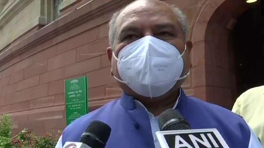 कृषि मंत्री तोमर ने कहा-' किसानों के हित में हैं नए कृषि कानून, सरकार खुले मन से चर्चा के लिए तैयार'- India TV Hindi