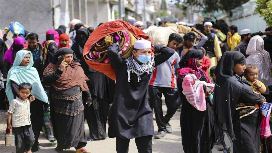 9 Rohingyas arrested from Railway station Agartala Deodhar Express heading towards kashmir रेलवे स्ट- India TV Hindi