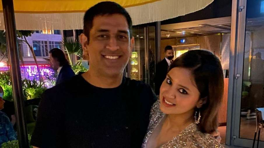 CSK's adroable wish for MS Dhoni and Sakshi on...- India TV Hindi