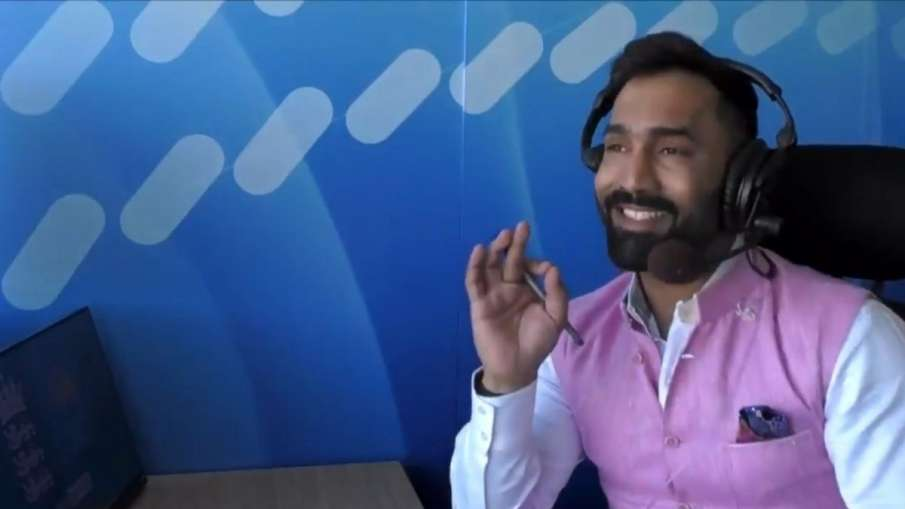 Dinesh Karthik Apologises for Sexist Comment on Air- India TV Hindi