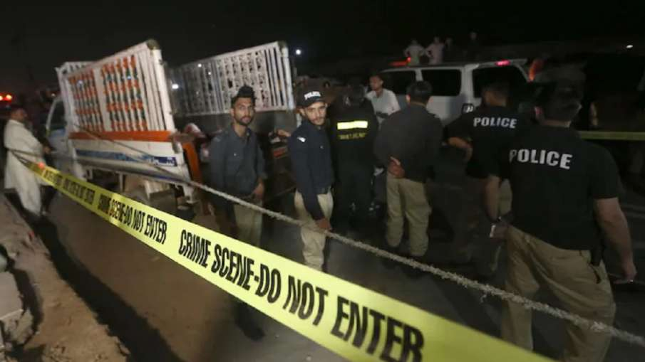 पाकिस्तान में शिया समुदाय के धार्मिक जुलूस को निशाना बनाकर किया गया विस्फोट, 3 मरे, कई धायल- India TV Hindi