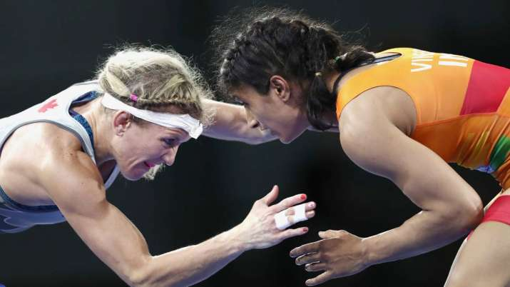 Tokyo Olympics 2020: sakshi malik upset about vinesh...- India TV Hindi