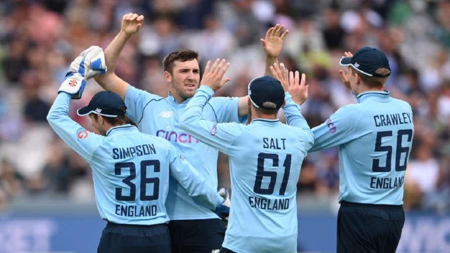 BAN v ENG : इंग्लैंड का...- India TV Hindi