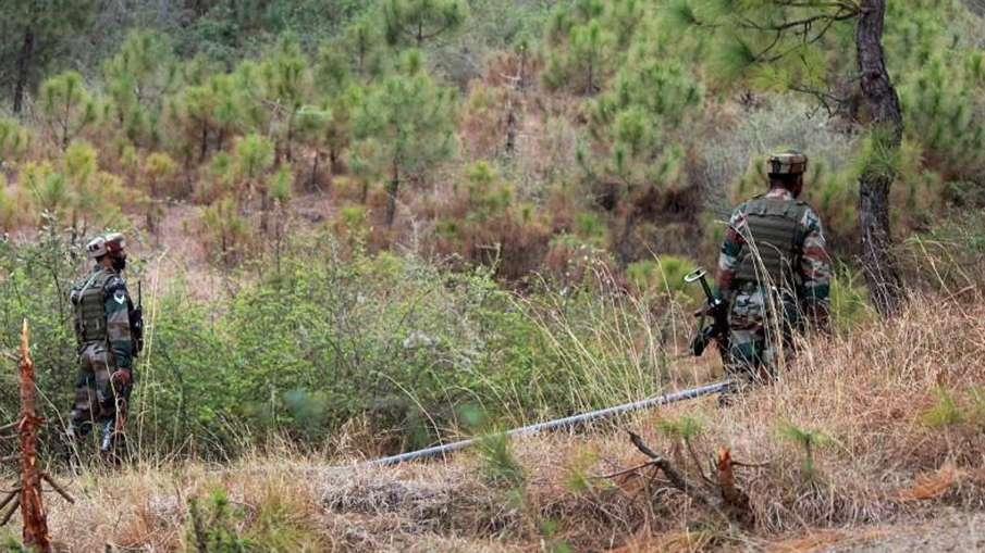 140 terrorists, 140 terrorists Kashmir, 140 terrorists Waiting Ceasefire, 140 terrorists LoC- India TV Hindi