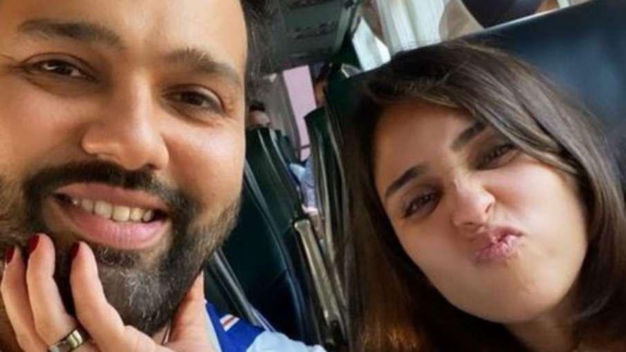 Ritika Sajdeh Shares Selfie With Rohit Sharma and...- India TV Hindi