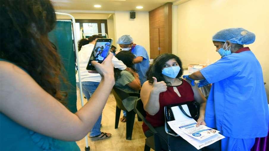 Yogi govt administers nearly 20 lakh doses on Tuesday in mega Covid vaccination drive- India TV Hindi