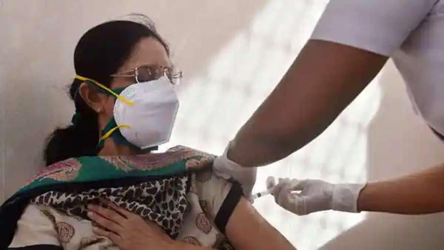 भारत में अब तक कोविड टीके की 57.16 करोड़ से अधिक खुराक दी गई: सरकार- India TV Hindi