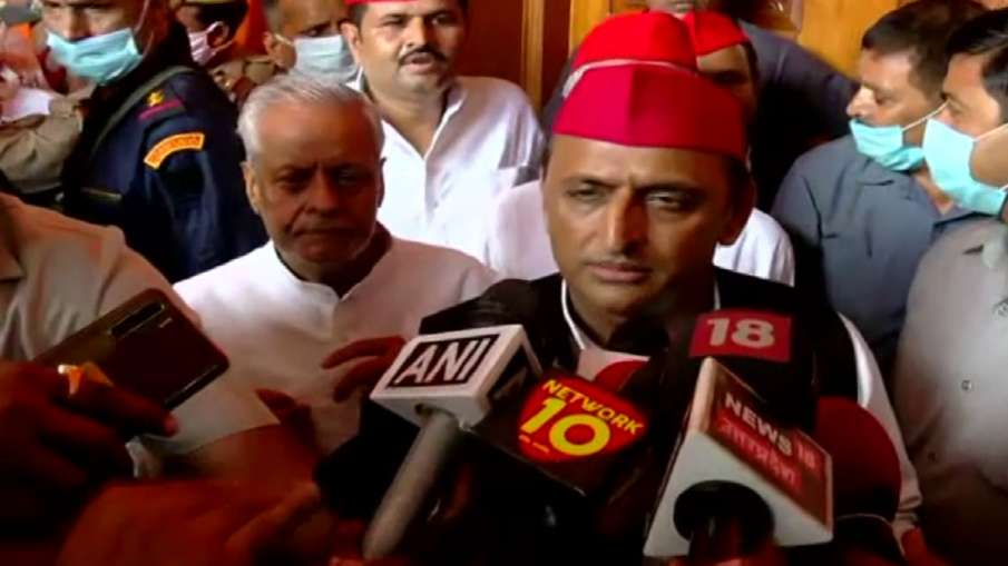 mahant narendra giri akhilesh yadav says people discussing his building can be bulldozed  'लोग चर्चा- India TV Hindi