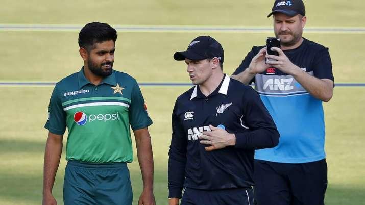 New Zealand team will return home from Pakistan on Saturday via chartered flight- India TV Hindi