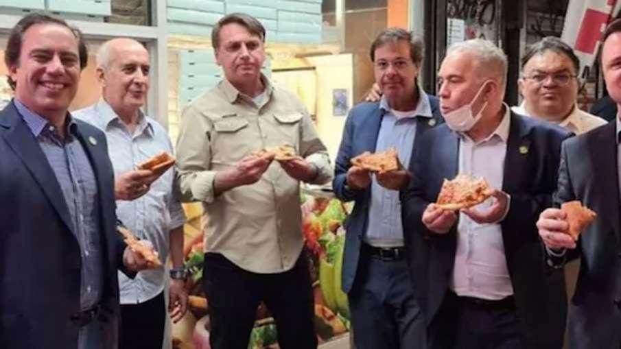 Bolsonaro Pizza, Bolsonaro Pizza Footpath, Bolsonaro Pizza New York, Bolsonaro- India TV Hindi