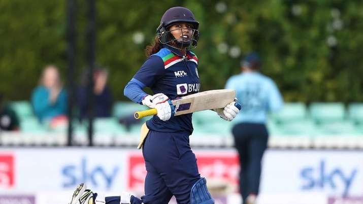 South Africa's Lizelle Lee tops ODI rankings with Mithali Raj- India TV Hindi