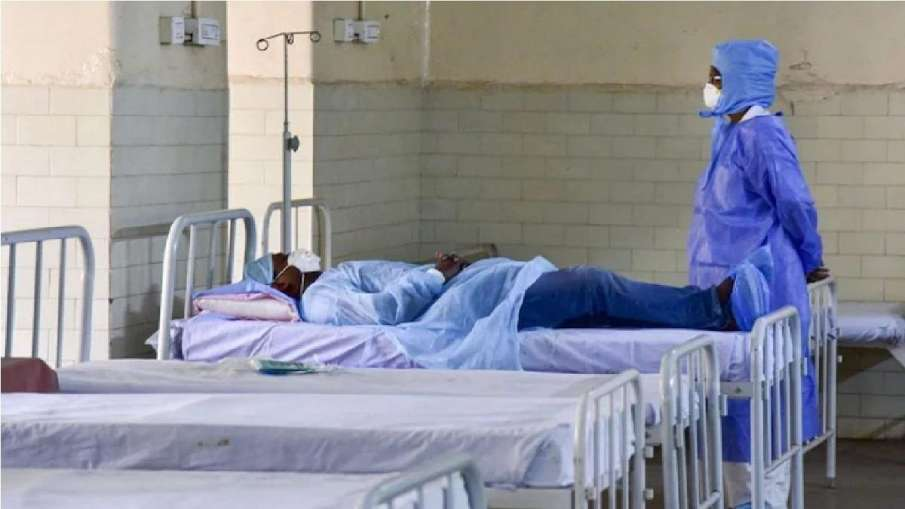 Kerala logs 26,200 fresh COVID cases, 125 deaths- India TV Hindi