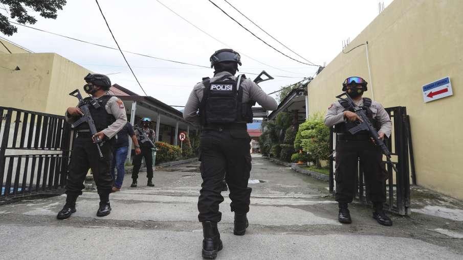 इस्लामिक स्टेट समूह से संबंध रखने वाला इंडोनेशिया का सर्वाधिक वांछित आतंकवादी अली कलोरा मुठभेड़ में - India TV Hindi