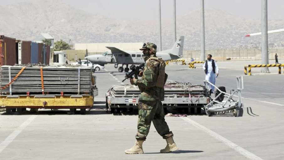 Kabul Airport, Kabul Airport Westerners, Kabul Airport Americans- India TV Hindi