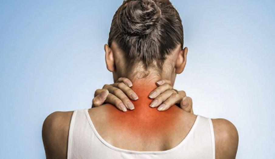 गर्दन का दर्द- India TV Hindi