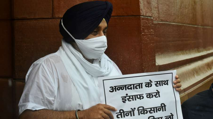 SAD President Sukhbir Singh Badal- India TV Hindi
