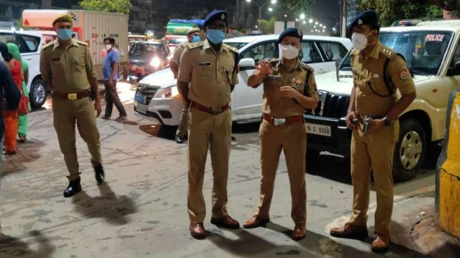 नोएडा पुलिस ने चलाया चेकिंग अभियान, संदिग्ध वाहनों और लोगों की ली गई तलाशी- India TV Hindi