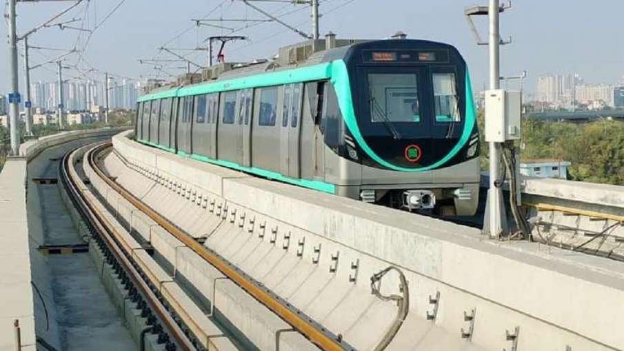 नोएडा मेट्रो कॉरपोरेशन की बैठक में बड़ा फैसला, एक्वा लाइन के यात्रियों को मिलेगी ये खास सुविधा- India TV Hindi
